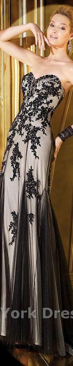 Alyce Paris design #strapless #elegant #large #formal #black #dress