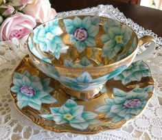 First teacup to be given away at Teacup Tuesdays Giveaway in March