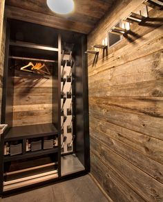 Chalet Shop is a one stop shop for Chalets, specialising in selling and shipping everything needed to fit out a luxurious chalet. Cabin Homes, Log Homes, Chalet Interior, Chalet Design, Log Home Designs, Gun Rooms, Appartement Design, Mountain Decor, Ski Chalet