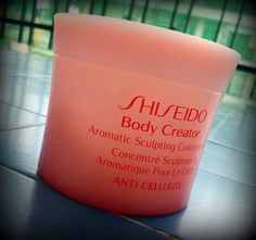 Body Creator Aromatic Sculpting Concentrate de Shiseido CoolSculpting is a great new way to shed extra body fat. Cellulite, Cool Sculpting, Shiseido, The Creator, Fat, Make Up