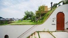 Leilighetskomplekset Miyawaki Gurindo tar topografien i Japan på alvor.