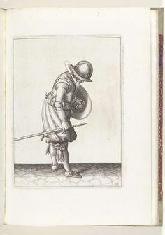 Adam van Breen   De exercitie met schild en spies: de soldaat legt de spies naast zijn rechtervoet op de grond (nr. 16), 1618, Adam van Breen, Anonymous, Aert Meuris, 1616 - 1618   De exercitie met schild en spies: de soldaat legt de spies naast zijn rechtervoet op de grond, 1618. Onderdeel van de illustraties in: Adam van Breen, De Nassausche Wapen-Handelinge, 1618, plaat nr. 16. Krijgswezen rond 1600.