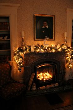 Christmas The White Columns Historic Home built 1853, Greek Revival, Kennebunkport Maine