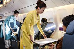 Vietnam Airlines Cabin Attendants