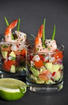Sluoksniuota guacamole su krevetėmis