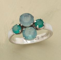4 leaf clover ring. I love this ring. it is so cute!