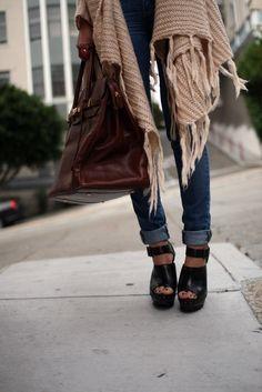 http://fashiondesignbymaja.tumblr.com/