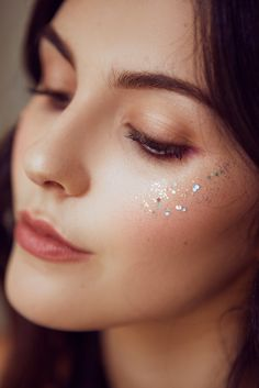 Coachella Makeup Inspiration and How-To's by Julia Friedman