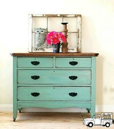Miss Lillian's No-Wax Chock Paint Sweet Pea distressed, glazed with Burnt Umber and Vintage Chestnut Gel Stain on top.