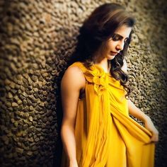 Samantha Yellow Dress Photoshoot Stills. Samantha gave spicy poses for the photoshoot conducted by her. Samantha looks charming in the yellow dress. Samantha Images, Samantha Ruth, Dps For Girls, Girls Dp, Samantha Wedding, Actor Photo, South Indian Actress, Celebrity Look, Yellow Dress