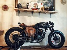 #caferacer | oldman.co discover #motomood