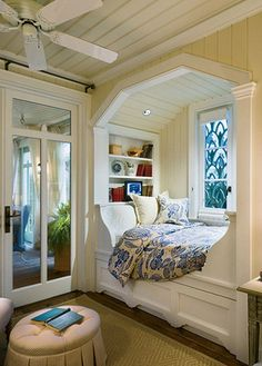 Don't let the space near your window unused. Instead, turn the space into a comfy window seat. Here we listed window seat ideas to help you create one Alcove Bed, Bed Nook, Cozy Nook, Bedroom Nook, Cozy Corner, Master Bedroom, Bedroom Decor, Cosy Bed, White Bedroom