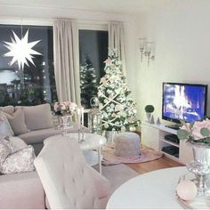 ✔ 43 amazing small first apartment decorating ideas 1 Simple Living Room, Living Room Modern, Living Room Designs, Living Room Decor, Living Room Ideas For Christmas, Christmas Home, Pink Christmas, First Apartment Decorating, Luxury Home Decor