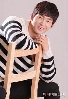 Asia Today Drama Korea, Korean Drama, Lee Won Geun, Jun Matsumoto, Sassy Go Go, Hong Ki, Park Hyung, Kim So Eun, Song Joong