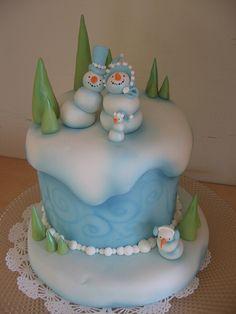 Snow Family cake by Karen Portaleo/ Highland Bakery, via Flickr