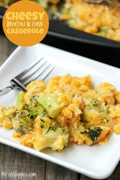 Cheesy Broccoli and Corn Casserole - Flavorful vegetables in a creamy cheese sauce, topped with a crunchy Ritz cracker crust! Flavorful vegetables in a creamy cheese sauce, topped with a crunchy Ritz cracker crust! Vegetable Casserole, Corn Casserole, Casserole Recipes, Broccoli Casserole, Broccoli Dishes, Broccoli Cauliflower, Easter Side Dishes, Vegetable Side Dishes, Side Dishes For Ham