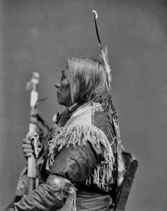 Free archive of historic Native American Indian Tribes Photographs, Pictures and Images. Photographs promote the Native American Tribes culture Native American Images, Native American Beauty, Native American Tribes, Native American History, American Indians, Sioux Nation, Indian Pictures, Native Indian, Native Art