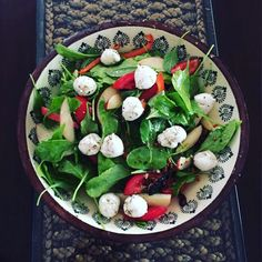 Baby spinach , tomato, bocconcini and crunchy apple salad.