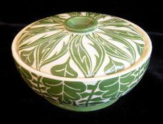 green leaf bowl Constance Bacon CBacon sgraffito pottery ceramics clay
