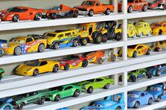 Rangement pour petites voitures!