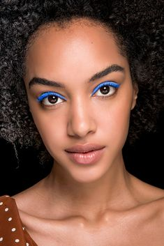 Brighten up your summer with these 18 runway-approved ways to pull off neon makeup. Neon Eyeshadow, Eyeshadow Looks, Makeup Brands, Best Makeup Products, Beautiful Black Hair, My Point Of View, Pull Off, Makeup Looks, Fun Makeup