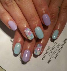 pastel violet blue flower nails