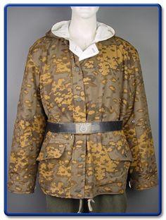 German Elite Autumn Oakeaf A Camo Winter Reversible Parka L Ww2 Uniforms, German Uniforms, Uniform Shop, Army Uniform, Uniform Insignia, Tactical Wear, Camouflage Patterns, Military Modelling, Camouflage