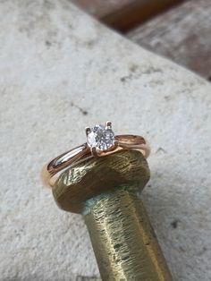 Bague or rose et diamants Wedding Rings, Engagement Rings, Jewelry, Gowns, Enagement Rings, Jewlery, Jewerly, Schmuck, Jewels