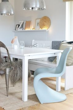 Cute chairs and love the lighted ledge!