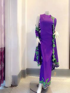 Myanmar traditional dress Myanmar Traditional Dress, Traditional Dresses, Lovely Dresses, Beautiful Outfits, Formal Dresses, Shaved Teen, Myanmar Dress Design, Burma Myanmar, Thai Dress