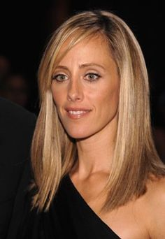 I am gonna need @Kathleen Haller to watch Lipstick Jungle, and then teach me how to do my make up like Nico's/ Kim Raver