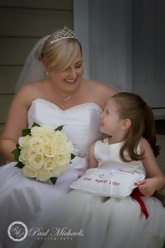 flower girl with the bride. Wedding photography Wellington http://www.paulmichaels.co.nz/
