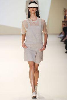 Akris Spring/Summer 2015 Ready-To-Wear Collection | British Vogue