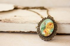 Yellow Flower Watch Pendant Necklace, Double Sided Oval Roman Numerals Watch Blue and Yellow Floral Pattern Glass Pendant Mom Day, Unique Cards, I Love Jewelry, Glass Pendants, Yellow Flowers, Bracelet Making, Handmade Jewelry, Pendant Necklace, Roman Numerals