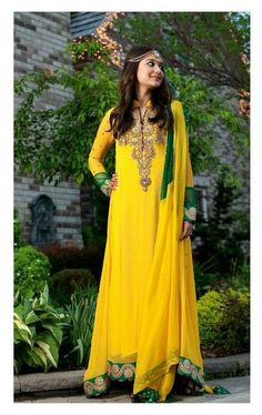 Pakistani dress #yellow Check out more desings at: http://www.mehndiequalshenna.com/ Good for bridesmaids!
