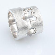 #trouwringen Rings For Men, Jewelry, Men Rings, Jewlery, Jewerly, Schmuck, Jewels, Jewelery, Fine Jewelry