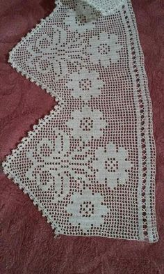This Pin was discovered by ozn Crochet Tunic Pattern, Crochet Lace Edging, Crochet Borders, Thread Crochet, Crochet Doilies, Diy Crafts Crochet, Crochet Home, Crochet Projects, Diy And Crafts