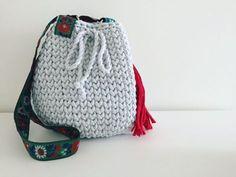Bucket Bag, Knitting Patterns, Sewing, How To Make, Bags, Tutorials, Decor, Fashion, Handbags