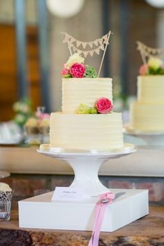 2 tiered wedding cake: http://www.stylemepretty.com/destination-weddings/2014/11/17/romantic-south-african-wedding-at-rockhaven-farm/ | Photography: Tasha Seccombe - http://www.tashaseccombe.com/ #wedding #cake #cupcake #caketopper