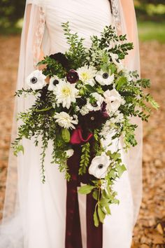 Cascading bouquet of Ranunculus, Dahlia, Anemone, Queen Anne's Lace, and assorted greenery | Mary Margaret Smith Photography | Bridal Musings Wedding Blog 22