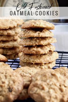 Cookies Old-Fashioned Oatmeal Cookies, slightly crispy and chewy homemade cookies just like grandma baked!Old-Fashioned Oatmeal Cookies, slightly crispy and chewy homemade cookies just like grandma baked! Homemade Oatmeal Cookies, Old Fashioned Oatmeal Cookies, Oatmeal Cookie Recipes, Oatmeal Cookies No Sugar, Raisin Cookies, Easy Desserts, Dessert Recipes, Baking Desserts, Baking Snacks
