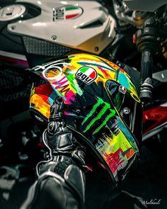 Ducati Motorbike, Cool Motorcycle Helmets, Yamaha Bikes, Racing Helmets, Motocross Bikes, Kawasaki Motorcycles, Motorcycle Bike, Motorcycle Accessories, Sport Bikes