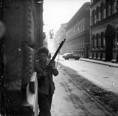 Not published in LIFE. Hungarian rebel fighter, Budapest, 4 of 29 Life Pictures, Old Pictures, Old Photos, Hungary History, Monochrome, Freedom Fighters, Budapest Hungary, Cool Posters, Historical Photos