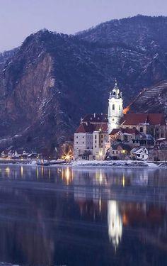 Dünstein in winter, Wachau, Austria