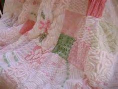 SAMPLE - Vintage Chenille PINK Daisies - Ultra PLUSH Lap Quilt ...