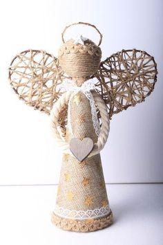 Christmas Angel Crafts, Burlap Christmas, Farmhouse Christmas Decor, Xmas Crafts, Felt Christmas, Diy Christmas Gifts, Handmade Christmas, Diy And Crafts, Christmas Decorations