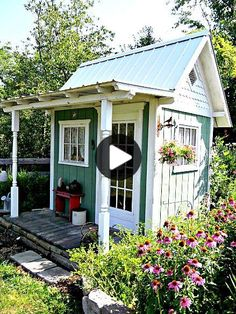 Vielleicht ein Gartenhaus? Shed Conversion Ideas, Cottage Garden Sheds, Backyard Cottage, Home And Garden Store, Backyard Studio, Backyard Sheds, Shed Landscaping, Small Sheds, Potting Sheds