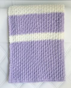 Crochet Baby Blankets Easy Knit Baby Blanket Pattern - Leelee Knits - Having an arsenal of free baby blanket knitting patterns are important. Easy Knit Baby Blanket, Crochet Baby Blanket Beginner, Free Baby Blanket Patterns, Easy Knitting Patterns, Knitted Baby Blankets, Baby Girl Blankets, Knitting Projects, Crochet Patterns, Knitted Afghan Patterns