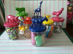 Jampoten ,glazen potjes plastic dieren acrylverf
