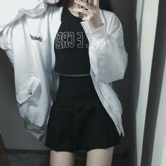 Ideas Fashion Korean Street Ulzzang Asian Style For 2019 Korean Street Fashion, Korean Fashion Trends, Asian Fashion, Look Fashion, New Fashion, Trendy Fashion, Girl Fashion, Fashion Design, Fashion Outfits